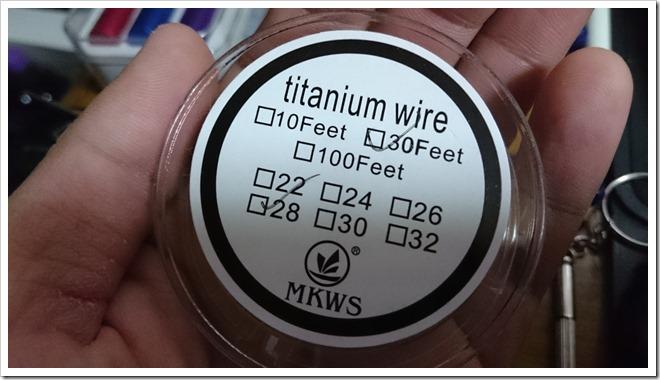 DSC 0827 thumb255B2255D 2 - 偽TOPTANK(トップフィル)とチタンコイル(VTC Mini)で温度管理を楽しむ