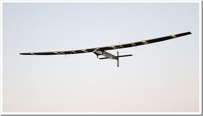 0160416at31 p thumb255B2255D 2 - 【小ネタ】ソーラー(太陽電池)飛行機「ソーラー・インパルス」が世界一周旅行中。VAPEにもソーラーの波まだぁ?【未来ヤバイ】