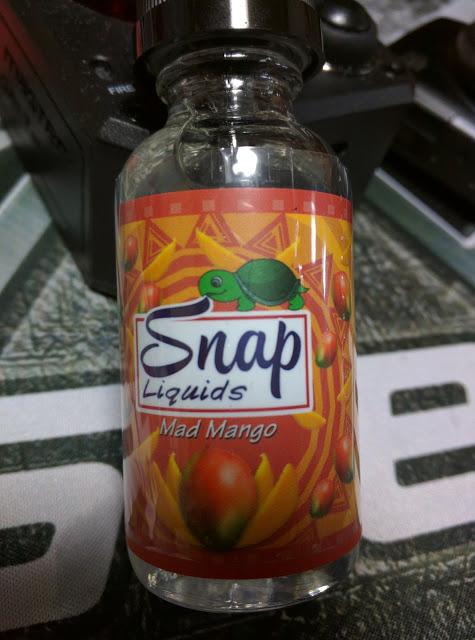 IMG 20160604 190742 2 - 【リキッドレビュー]】一足先にトロピカルフレーバー Snap Liquids Mad Mango リキッドレビュー 【マンゴー+フルーツカクテル系の夏味】