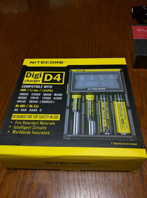 IMG 20160610 180951 2 - 【NITECORE D4 バッテリーチャージャー】 NITECORE D4 ナイトコア 全自動デジタル/マルチ充電器 Digicharger D4 【バッテリー4本充電可能なチャージャー】