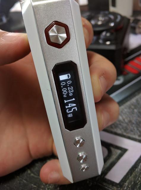 IMG 20160614 170109 2 - 【Vaporesso Tarot 200W VTC MOD】 vaporesso tarot 200w VTC デュアルバッテリー200W MOD レビュー【200Wのパワーに合うアトマイザーは?】