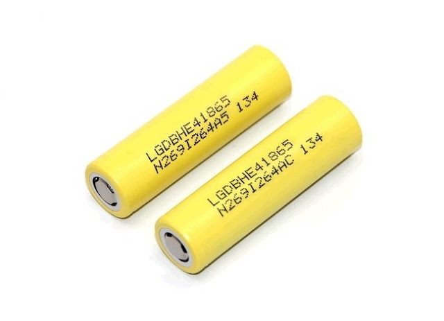 LG HE4 18650 20AMP YELLOW 2 2 - 【MXJO バッテリー】 MXJO 18650 3000mah バッテリー 使用してみて+おまけゲーム情報まとめPSVR情報など 【3000mah 35Aのハイドレインタイプ】