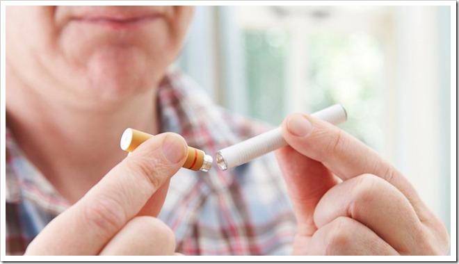 GTY e cigarette rf tk 131209 16x9 992 thumb255B2255D 2 - 【電子たばこヤバクナイ】実質的に全電子タバコの水蒸気に有害な化学物質が含まれる研究発表【大げさ?VAPE爆煙が健康に悪い?】