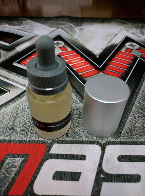 IMG 20160707 160733 2 - 【リキッドレビュー】Glas Milk イチゴミルクシェーキ味 レビュー スタイリッシュ系デザインボトルリキッド 【USプレミアム系リキッド・デザインボトル】
