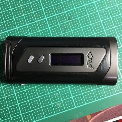 IMG 0930 2 - 【MOD】「Pioneer4you iPV6X 200W」レビュー。 バッテリー2本でもコンパクト!