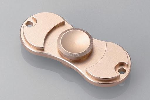 "01 thumb255B2255D - 【プレスリリース】エレコム、""ハンドスピナー""4製品を発売 ~2枚羽と3枚羽を用意。形状的に。。。アレな。/ハイパーモバイル7インチフルHDPC「GPD Pocket」一般発売開始ィ!!"