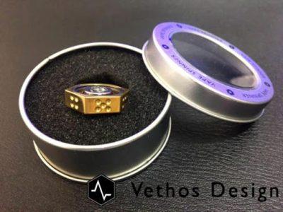 07041625 595b42fe7dd8c thumb255B2255D 400x300 - 【小物/スピナー】「Vethos Design VAPE SPINNER アトマイザースピナー」レビュー。510コンタクトに取り付け可能なスピナー。サイコロ機能も!おまけBluetoothスピナー【VAPE/禁煙/電子タバコ/フィジェット】