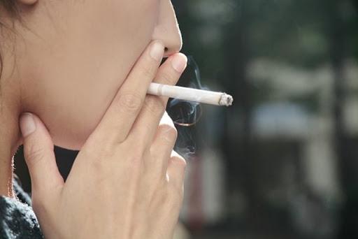 390fcfe3bce11bad16cb9a37e8812132 thumb255B2255D - 【NEWS】台湾、電子たばこ規制へ、「エン害防制法」改正。喫煙所での電子タバコも煙草同等とみなして罰則