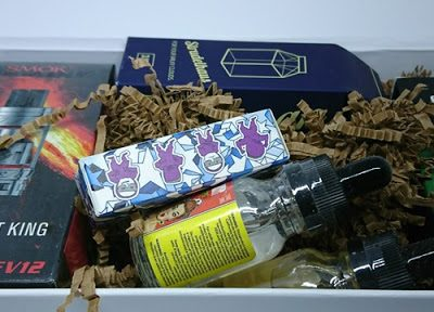 DSC 3758 thumb255B2255D 400x288 - 【リキッド定期便】VAPEBOX リキッド&ハード定期便「PEACH」「MELON」「STRUDELHAUS」「MIXED BERRY TART」「TFV12 CLOUD BEAST KINGタンク」「EFEST IMR18650バッテリー」レビュー! 【2017年5月のBOX】
