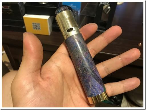 IMG 4241 thumb - 【スタビチューブ】ULTRONER Raiders Mod(ウルトロナーライダーズモッド)レビュー!ハイブリッド接続かつレジンスタビないかつい24mmメカMOD。価格を抑え、国内でも販売が開始されるなど注目の製品をチェック!