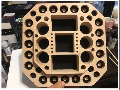 IMG 5318 thumb 400x300 - 【VAPEの整理に】Vpdam Wooden Base A簡易レビュー?アトマイザーとMOD、ドリップチップも置けるVAPER専用スタンド!見た目の洒落た感じも相まって、あと5枚は欲しい!【これ1枚♪】
