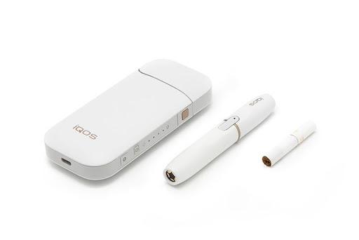 IQOS 02 thumb255B2255D 1 - 【時事ネタ】韓国、巻タバコ型電子たばこ(IQOS/Glo)の個別消費税を320%引き上げへ。日本のVAPE課税はどうなる!?