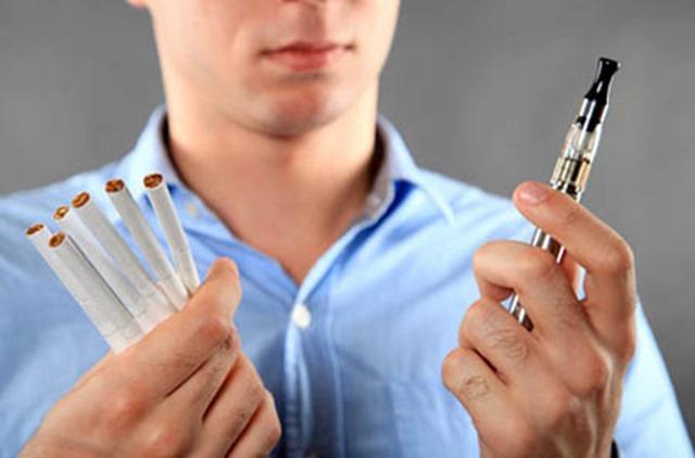 Vaping NOT Smoking thumb - 【タバコ】喫煙者は一箇所に集めて集中管理すればいいのに完全禁煙などするからゲリラ喫煙しちゃう