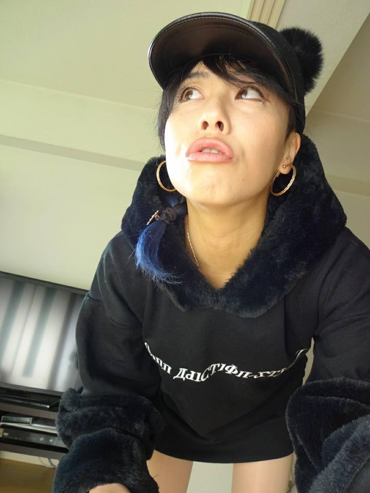 emii1 - 【レビュー】JUSTFOGの簡単高品質なスターターキット。「FOG1(フォグワン)」で上機嫌!旅する国籍不明女子エィミイのVAPEレポ