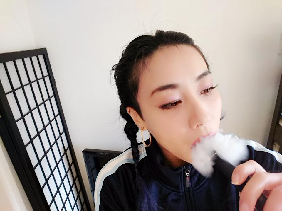 emii12 - 【レビュー】VAPE女子エィミイ、簡単・パワフル・スレンダー「gippro」で擬似喫煙体験!してみちゃいました。【電子タバコ/VAPE】