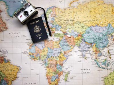 passport 2714675 960 720 400x300 - 【TIPS】渡航前に知っておきたい!海外の電子タバコ事情!