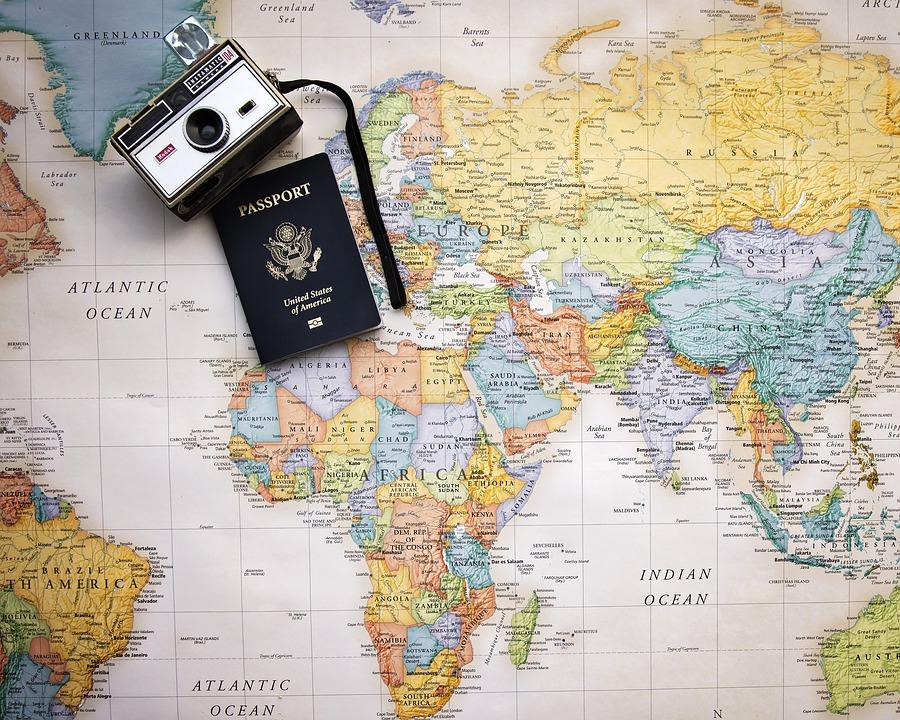 passport 2714675 960 720 - 【TIPS】渡航前に知っておきたい!海外の電子タバコ事情!