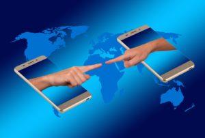 smartphone 2294899 960 720 300x202 - 【TIPS】渡航前に知っておきたい!海外の電子タバコ事情!