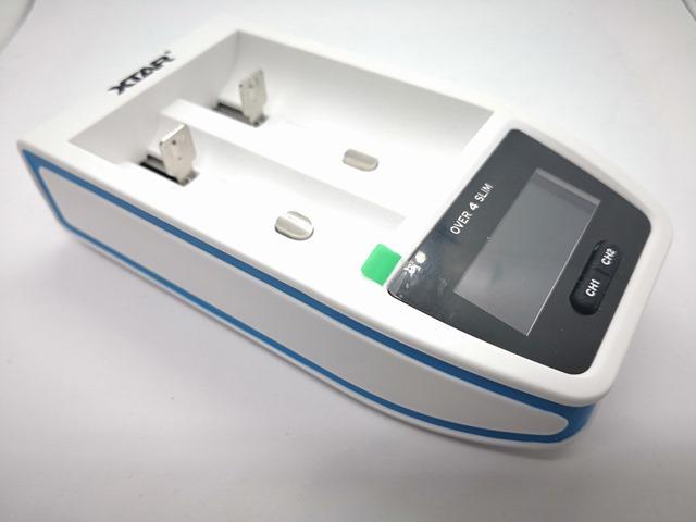 IMG 20180123 102345 thumb 1 - 【レビュー】XTAR OVER 4 SLIM(エクスターオーバーフォースリム)バッテリーチャージャーのレビュー。最大4.1Aで30分の超急速充電、スリムなコンパクト充電器!!【18650/21700/18700/20700/22650/26650対応】