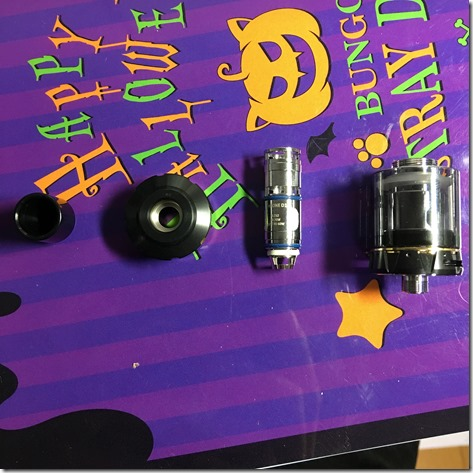 IMG 27391 thumb - 【レビュー】「VAPTIO WALLCRAWLER KIT(ヴァプティオウォールクラウラーキット)」レビュー。カラー液晶で観やすく、操作も簡単スターター!【電子タバコ/スターター】