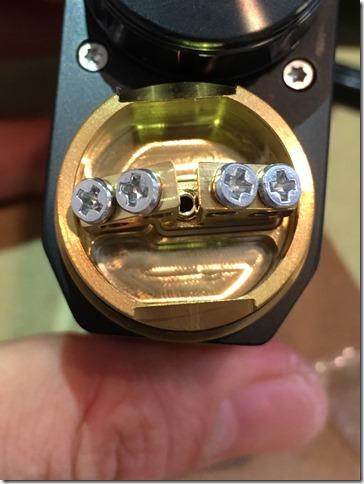 IMG 9589 thumb - 【レビュー】IJOY CAPO SQUONKER KIT(アイジョイカポスコンカーキット)~3種類の電池対応のお手軽スコンカーキット<*`∀´*>~【VWスコンカーMOD】