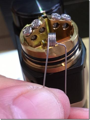 IMG 9591 thumb - 【レビュー】IJOY CAPO SQUONKER KIT(アイジョイカポスコンカーキット)~3種類の電池対応のお手軽スコンカーキット<*`∀´*>~【VWスコンカーMOD】