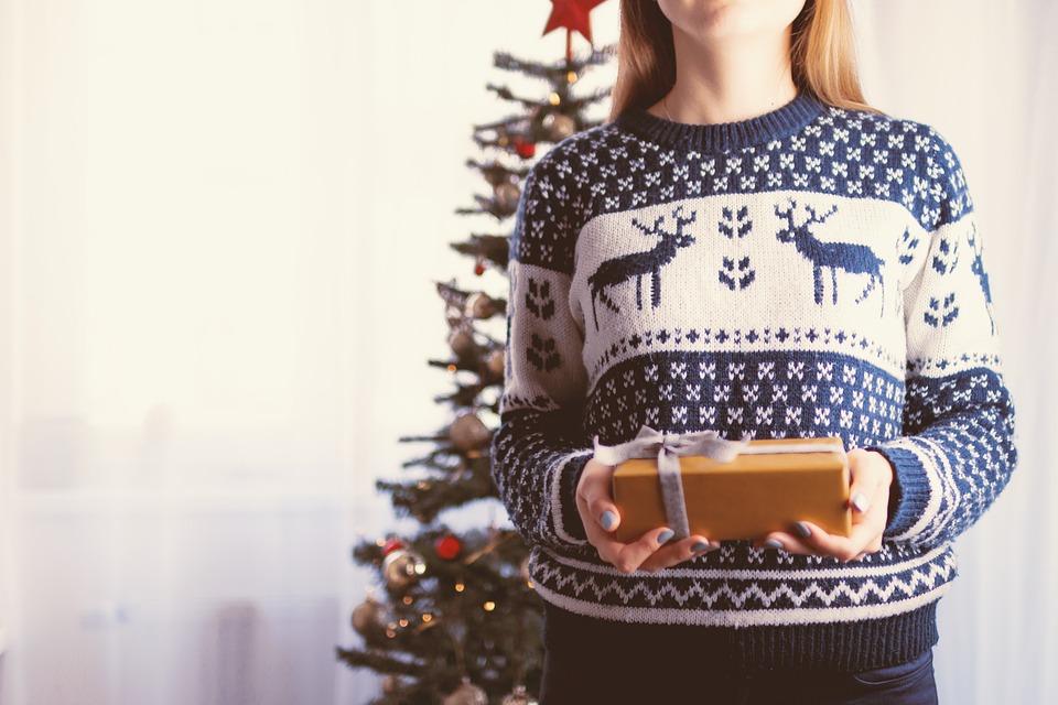 christmas 2980686 960 720 - 【TIPS】知って得する!電子タバコをプレゼントする時の3つのポイント