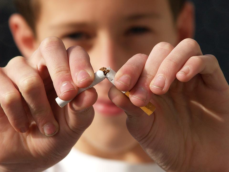 non smoking 2497308 960 720 - 【TIPS】家族に禁煙してほしい!電子タバコを使ったアプローチ方法
