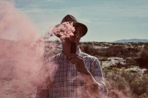 photo 1470966771603 a937e7a99d69 300x200 - 【NEWS】加熱式タバコも増税対象へ?課税率が異なっているって本当?