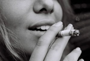 photo 1511742743117 39d1699ceab4 300x203 - 【NEWS】加熱式タバコも増税対象へ?課税率が異なっているって本当?