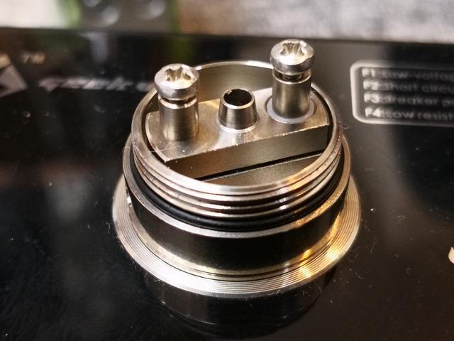 IMG 20180207 150808 thumb - 【レビュー】「Achilles mini RDA/RBA by Titanium Mods」(チタニウムモッズ・アキレスミニRDA)レビュー。アキレス(Achilles II RDA)をちっちゃく!したらこうなったチタン製軽量ドリッパー。フレーバーチェイス向け