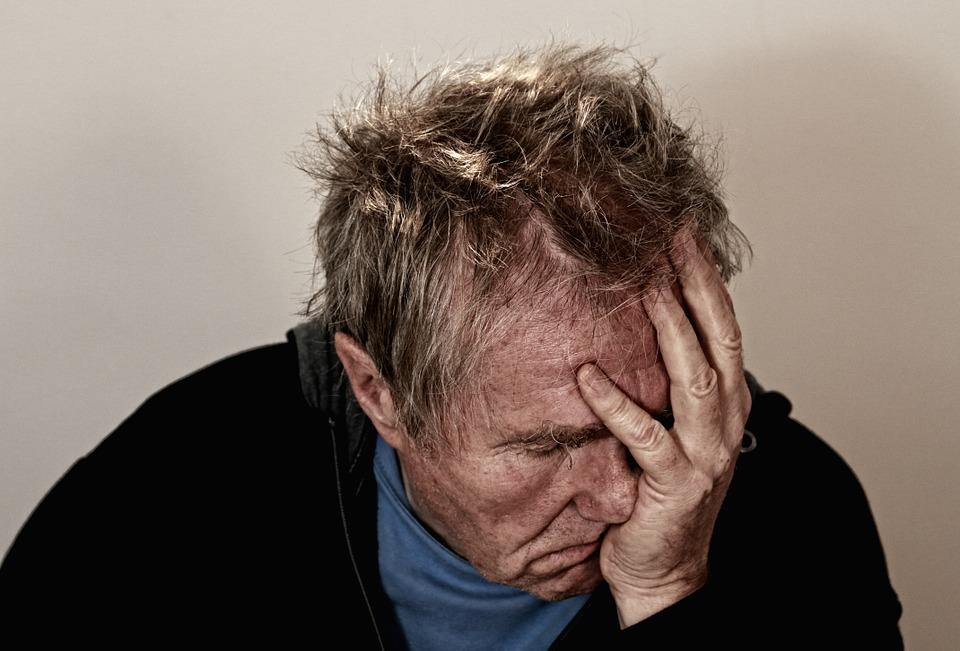 despair 513529 960 720 - 【TIPS】スピットバック現象の原因と対策方法まとめ