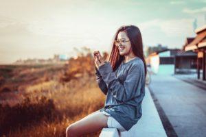 woman 3094278 960 720 300x200 - 【TIPS】電子タバコを無料で体験する方法を紹介!