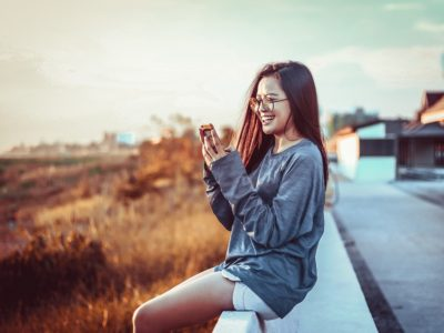 woman 3094278 960 720 400x300 - 【TIPS】電子タバコを無料で体験する方法を紹介!