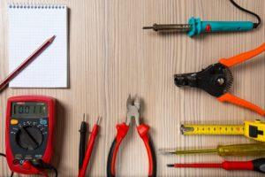 tool 2766836 960 720 300x200 - 【TIPS】パラレルコイルとツイストコイルの違いとは?作り方も解説