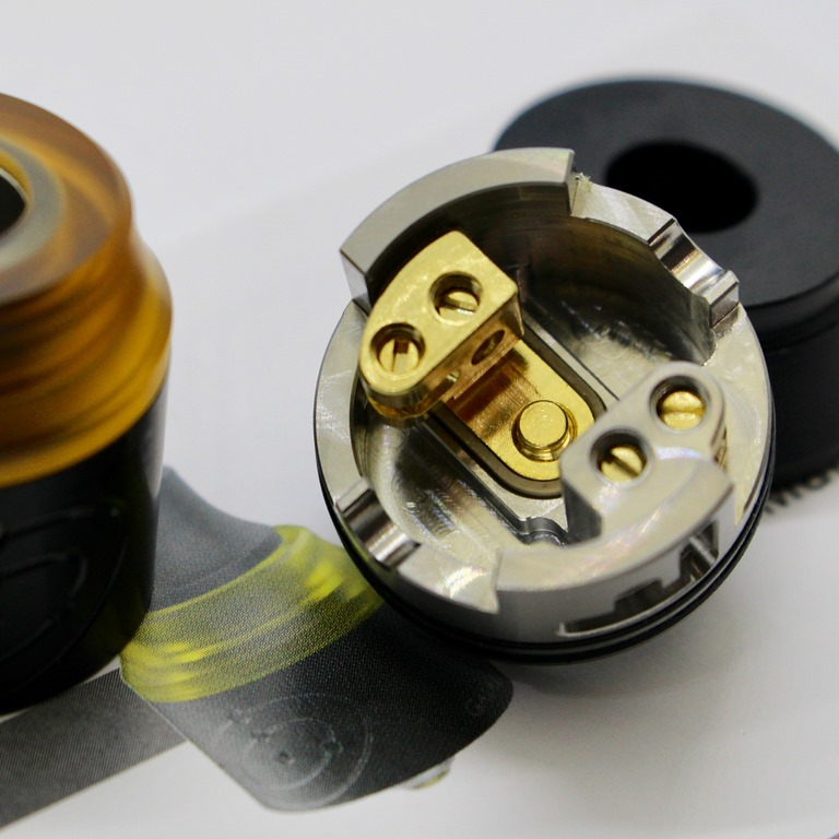 IMG 7860 thumb 1 - 【レビュー】Vapefly GALAXIES MTL RDA(ベイプフライ ギャラクシーズ MTL 22mm)シンプルだけど丁寧な作りの安定アトマ!MTLでフレーバーチェイスに