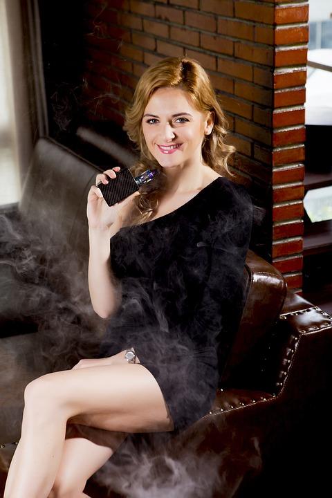 beauty 2843932 960 720 - 【TIPS】電子タバコに変えるタイミングはいつ?よくあるきっかけまとめ