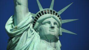 statue of liberty 267948 960 720 300x168 - 【NEWS】ニューヨークでは歩きタバコ禁止!?電子タバコはどうなる?
