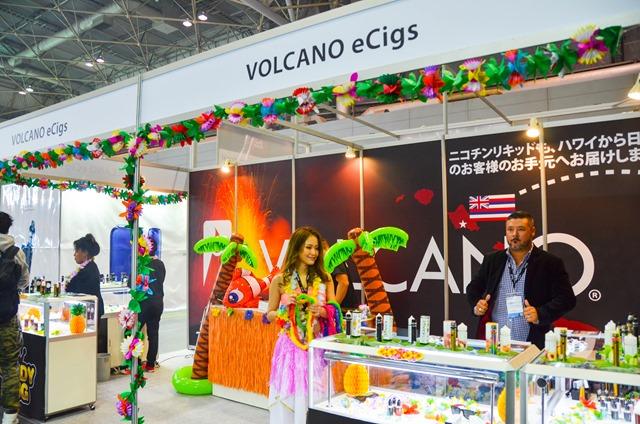 vapeexp b5 2 3 VOLCANOeCigs001 0330 thumb - 【EXPO】ブース紹介:B6-1 SOCO、B5-2-3 VOLCANO eCigs、C1-1 cigaresso(Vapetalk)、B6-3 SIMEIYUE Tech、C4 NITECORE【VAPE EXPO JAPAN 2018】