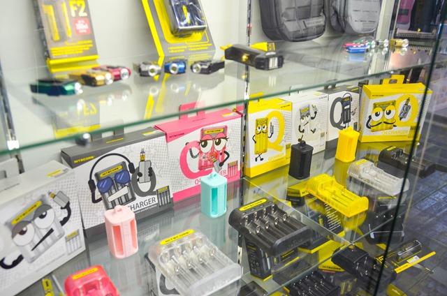 vapeexp c4 nitecore003 0330 thumb - 【EXPO】ブース紹介:B6-1 SOCO、B5-2-3 VOLCANO eCigs、C1-1 cigaresso(Vapetalk)、B6-3 SIMEIYUE Tech、C4 NITECORE【VAPE EXPO JAPAN 2018】