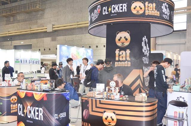 vapeexpe4 clickerfatpanda002 0330 thumb - 【EXPO】ブース紹介:B6-4 ADVKEN(アドビケン)、C5-1 XTAR(エクスター)、E4 Clicker(クリッカー)&Fat Panda(ファットパンダ)、A5-4-B5-1 Hangsen(ハンセン)、C5-3 MK CAMP(エムケーキャンプ)【VAPE EXPO JAPAN 2018】