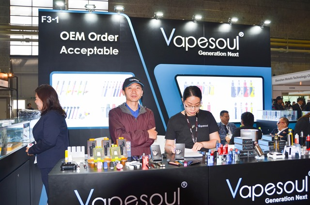 vapeexpf3 1 ituwaVAPEsoul009 0330 thumb - 【EXPO】ブース紹介:F3-1 ITSUWA&VAPESOUL、F5-1 ayi(TRIOOTECH)、F6-4 U-GREEN、F2-4 Wotofo、F7-1-2 ELIQUID FRANCE【VAPE EXPO JAPAN 2018】