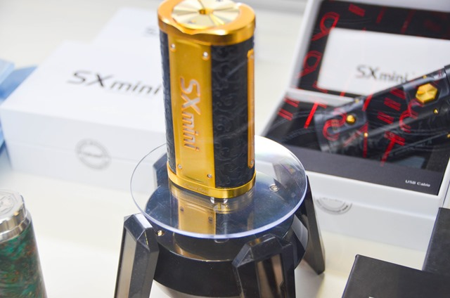 vapeexpf5 SPREDinc009 0330 thumb - 【EXPO】ブース紹介:E2 MOX(Joecig)、G1-2 GK、G1-4 株式会社ヒロ・コーポレーション、F4 Y&Q Electronic Co.、F4-1 ELDA、F4-2 DS Vaping、F5 SPREAD.inc(VAPEMARKETJP、JWELL)【VAPE EXPO JAPAN 2018】