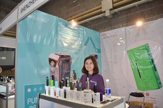 vapeexpg5 1 shenzhenkingzone006 0330 thumb - 【EXPO】ブース紹介:F6-1 LVSMOKE、G3 SMOK(スモック)、F6-6 Vapor Talk(ベイパートーク)、G5-1 KINGZONE(キングゾーン)、G5-2 MaskKing(マスクキング)、D6-2 VOTECH(ブイオーテック)【VAPE EXPO JAPAN 2018】