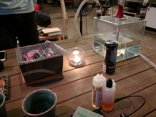 IMG 20180503 214021 thumb - 【秘密基地】でにさんの秘密基地MIFにMK Labのクニさんが来たぞ~。某おもしろ炭焼きと超大盛中華グルメで2018年ゴールデンウィーク訪問の〆飲み!シーシャ(水タバコ)もおかわり #03