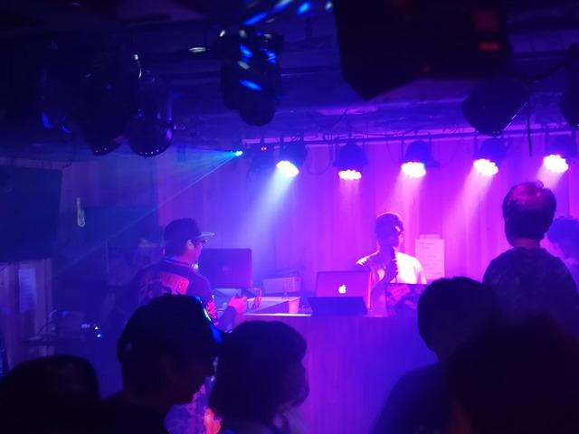 IMG 20180512 231514 thumb - 【イベントレポート】サブクラ!サウンドバーMiraiのアニメxクラブxVAPEイベントで超オモシロカッコイーDJプレイとアニソンの祭典!歌って踊って、MK Labのコスプレもあったよ!やったね。超速レポート!【sub cloud】