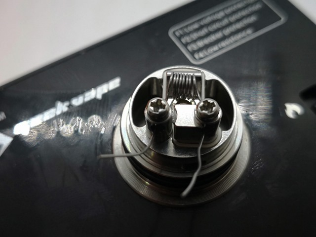 IMG 20180610 203441 thumb - 【レビュー】「GEEKVAPE AMMIT MTL RDA日本限定モデル」発売決定!超MTLフレーバーチェイス&特別コットン同梱!?美味しすぎてアキ〇スクラス