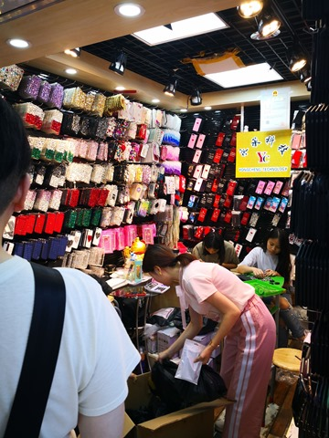 IMG 20180701 144230 thumb - 【訪問日記】ニーハオ中国。電子タバコ大国中国深セン・香港滞在記#02深センの電脳都市を体感!VAPEショップやスマホ、ガジェット大量に見てきた!先端工場の見学も。最新の電脳都市【WeChat/Alipayのすごさ】