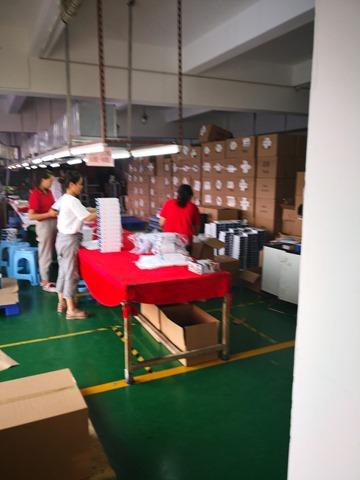 IMG 20180701 180157 thumb - 【訪問日記】ニーハオ中国。電子タバコ大国中国深セン・香港滞在記#02深センの電脳都市を体感!VAPEショップやスマホ、ガジェット大量に見てきた!先端工場の見学も。最新の電脳都市【WeChat/Alipayのすごさ】