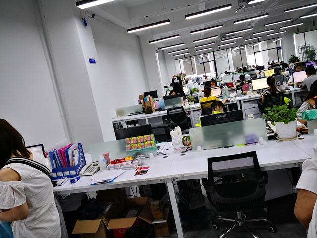 IMG 20180702 121005 thumb - 【訪問日記】ニーハオ中国。電子タバコ大国中国深セン・香港滞在記#03 Geekvape/Everzonの新社屋を見学してきたよ。最強のVAPE卸ストアがここにあり。最新の電脳都市【WeChat/Alipayのすごさ】